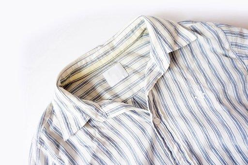 衣替えの黄ばみの落とし方と予防法洗剤と漂白剤